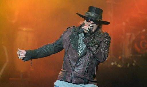 Guns-N-Roses-Axl-Rose1