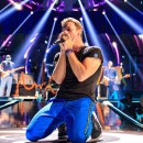 coldplay-performs-onstage-at-the-2015-iheartradio-music-festival