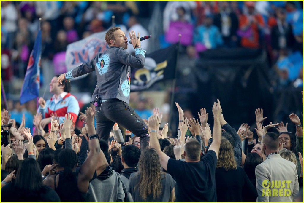 coldplay-super-bowl-halftime-show-2