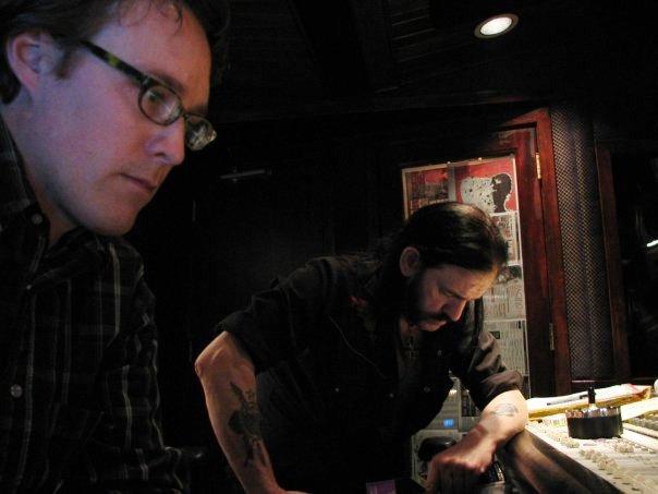 Cameron Webb és Lemmy Kilmister az Inferno című lemez készítése közben / Fotó: Facebook