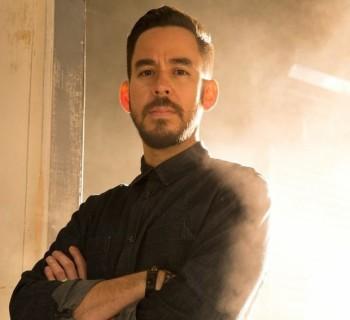 Solo-Mike-Shinoda-Linkin-Park-2014_b4b62e6b8feb204f329c1700ab8c6c4a