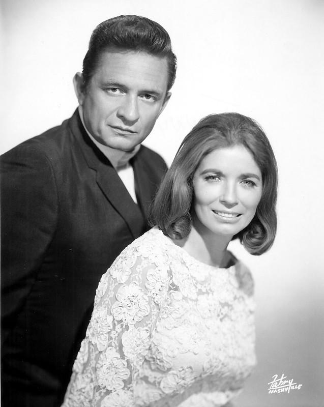 Johnny és June